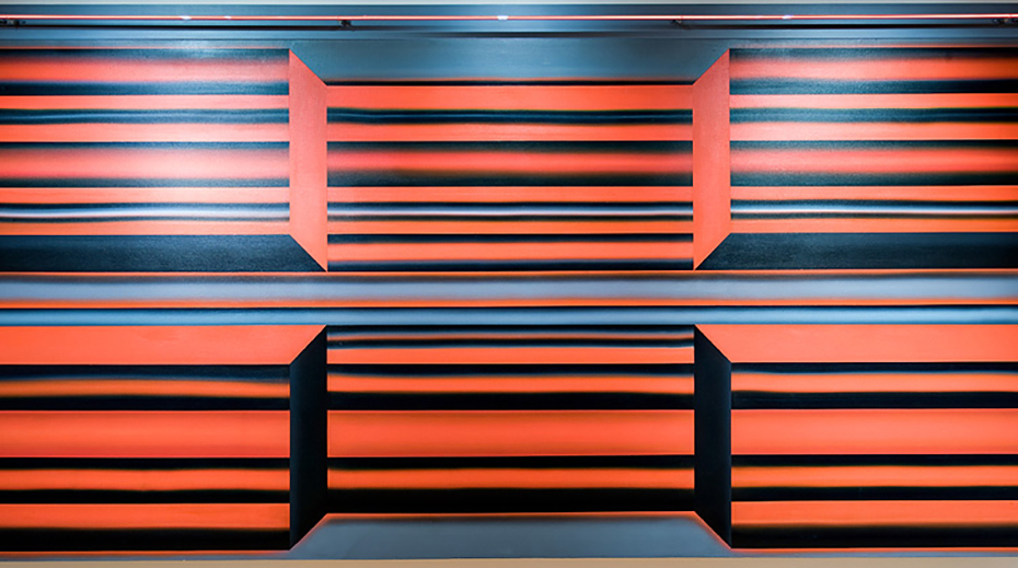 Joan Balzar, Electra II (1967/2009). Acrylic paint on canvas with neon tubing, 152 x 323 cm. Gift of the Artist. Collection of the West Vancouver Art Museum (2009.002.1).